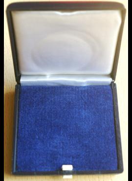 Dėžutė monetai ar kitam kolekcionavimo objektui iki 60 mm. skersmens