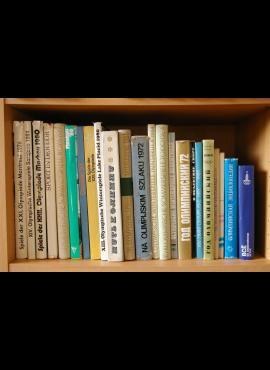 23 knygų (albumų) Olimpiados ir sporto tema kolekcija G