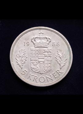"""100 vnt skirtingų pašto ženklų pakuotė """"Menas ir tapyba"""" 89824"""