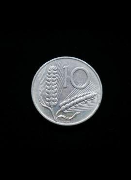 Italija, 10 lirų 1974m