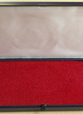 Dėžutė monetoms ar kitiems kolekcionavimo objektams saugoti
